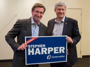Wayne Gretzky poses with Stephen Harper during a campaign event in Toronto. Handout/Postmedia Network